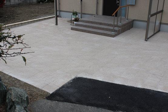 松本市 A様 インターロッキングの駐車場