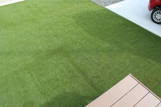 松本市 冬でも青々とした芝生のお庭